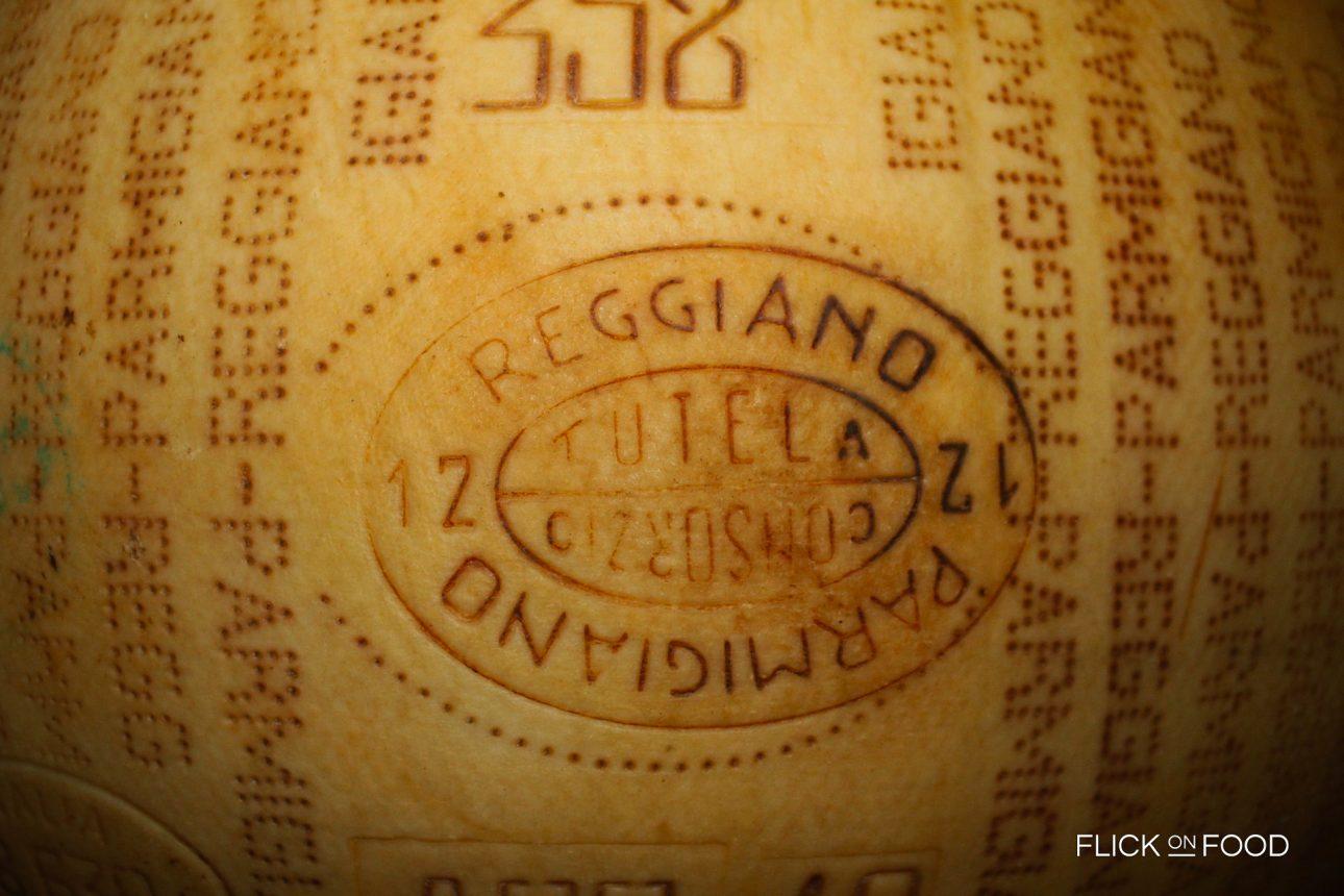 parmigiano-664028_19201