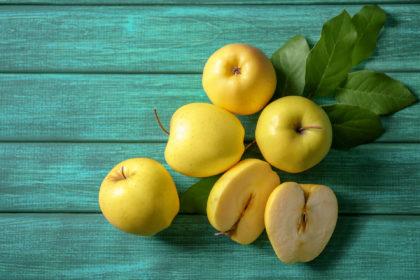 Mela golden delicious | Flick on food